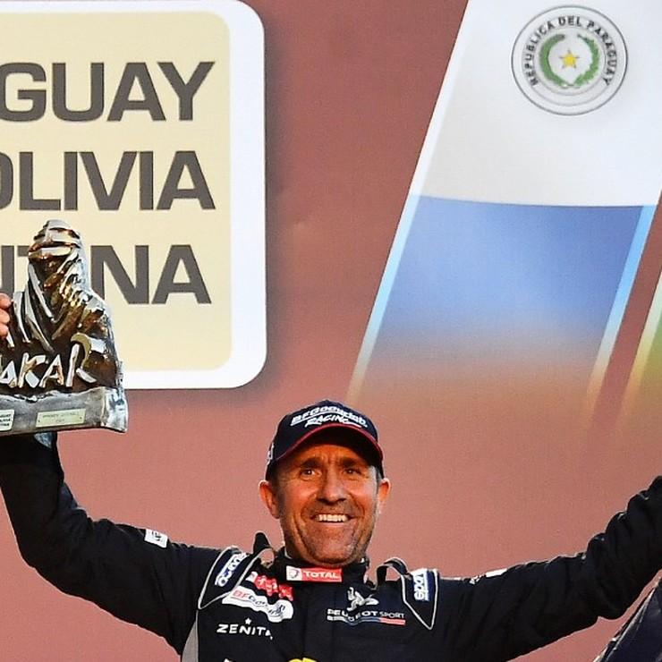 Stéphane Peterhansel heeft de Dakar Rally voor de dertiende keer gewonnen. © AFP
