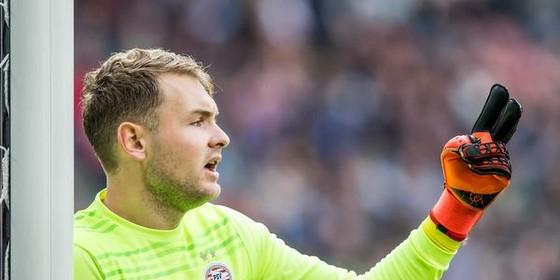 Jeroen Zoet verlengt zijn verblijf bij PSV tot medio 2019. © ANP Pro Shots